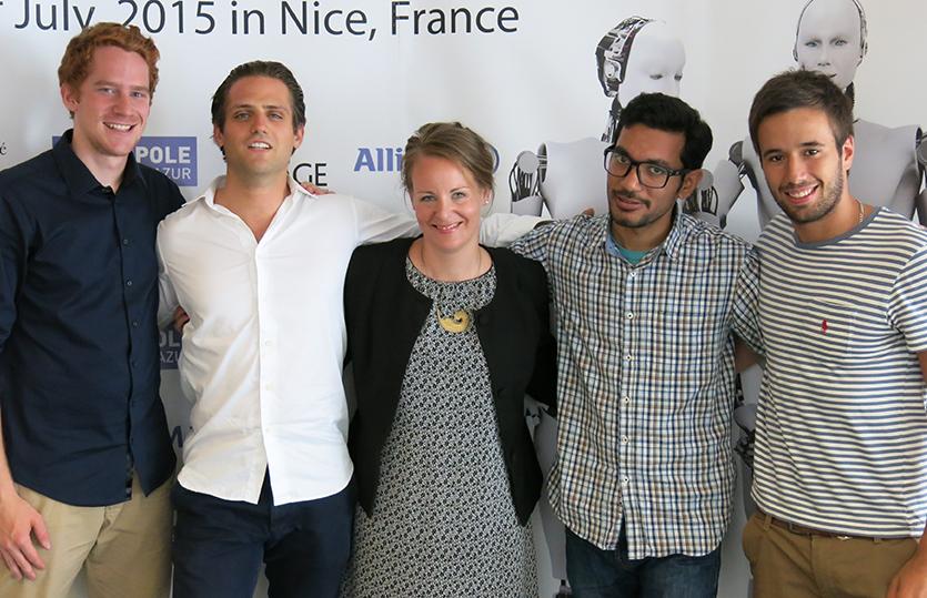Florian Ott ist E&I-Student, ECN-Mitarbeiter und schaffte es, wie bereits erwähnt, mit seinem Team unter die Top 10 bei der European Innovation Academy.