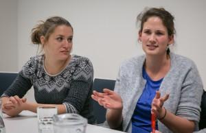Nora Laufer und Cornelia Hörtner beim Gespräch mit dem Falter; Copyright: Daniel Schmelz